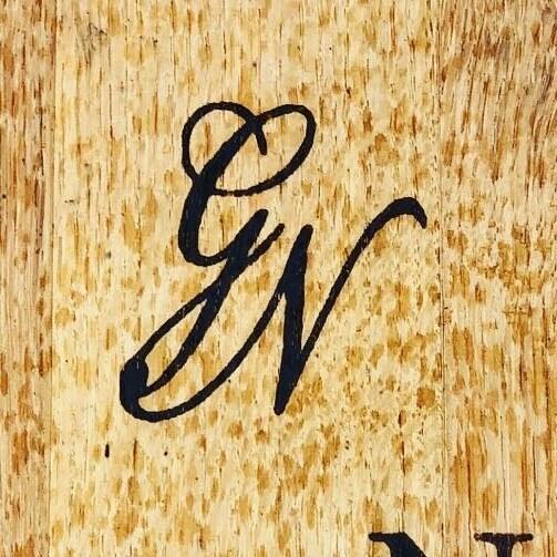 Grand Napa Vineyards Logo