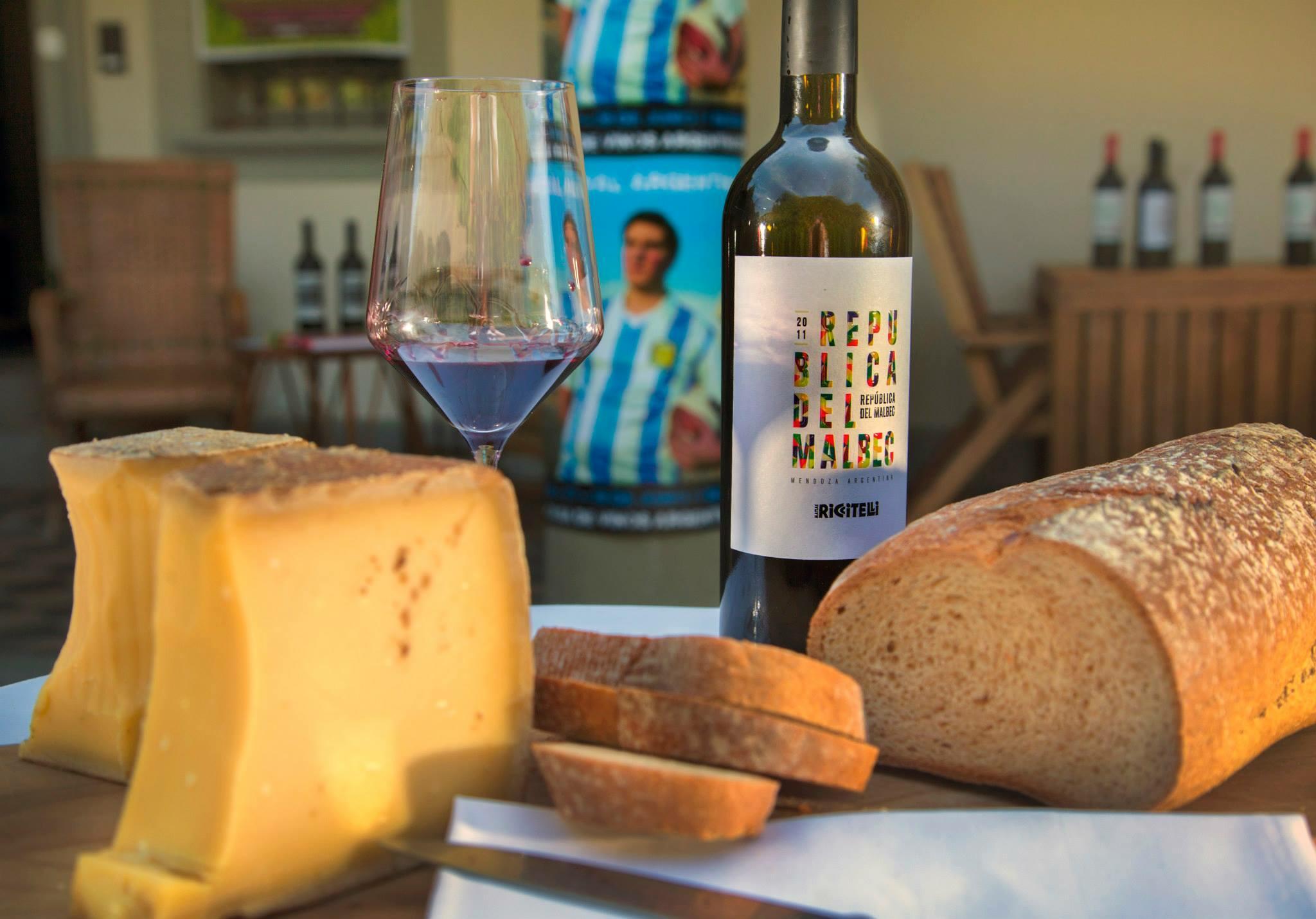 Matías Riccitelli Wines Cover Image