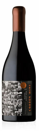 Cobden Wini Wines Hogan's Run Vineyard Pinot Noir Bottle Preview