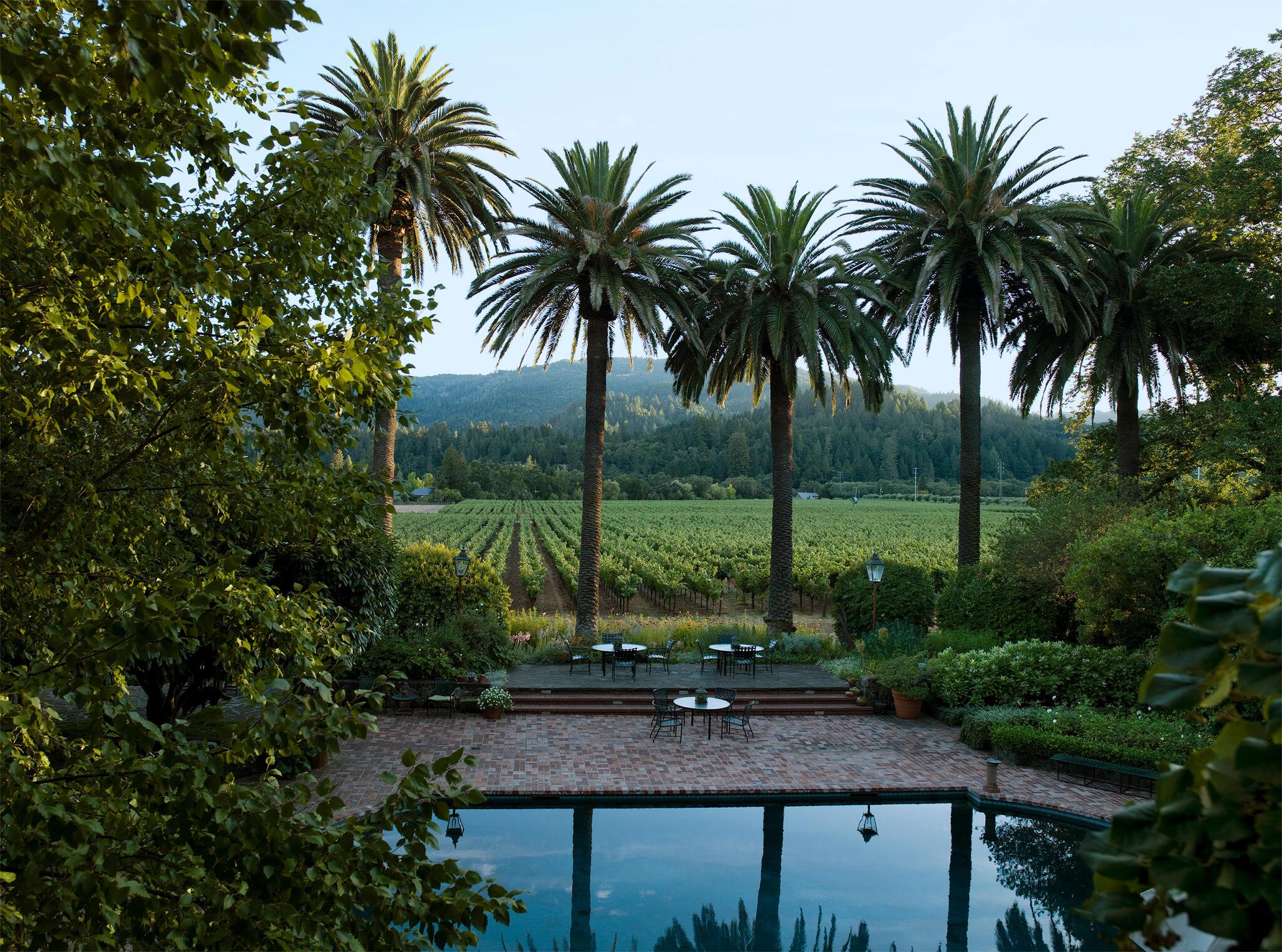 Spottswoode Estate Vineyard & Winery Cover Image