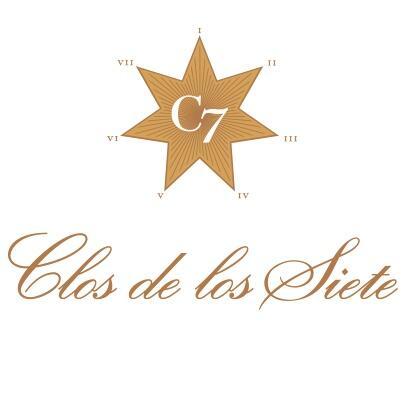 Clos de los Siete Logo