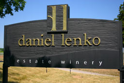 Daniel Lenko Estate Winery Logo