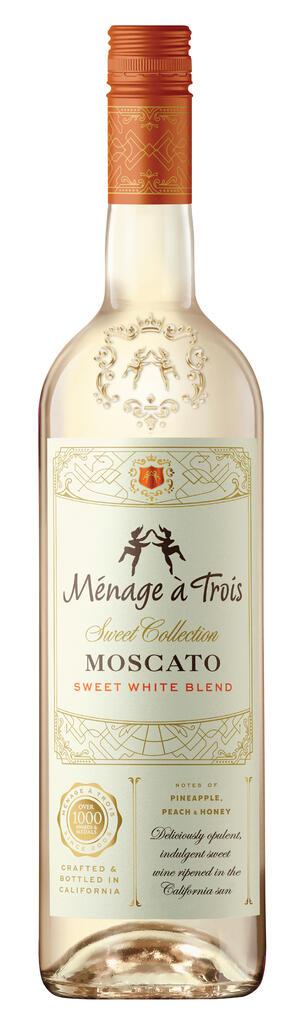 Ménage à Trois Moscato Sweet White Blend Bottle
