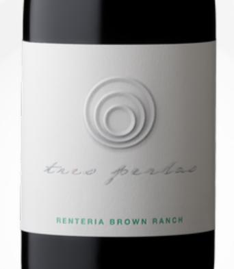 Tres Perlas Pinot Noir Bottle Preview