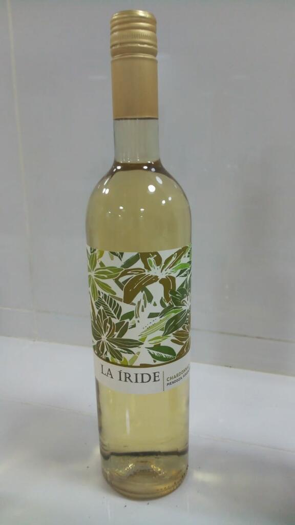 La Iride CHARDONNAY VARIETAL WINE Bottle Preview